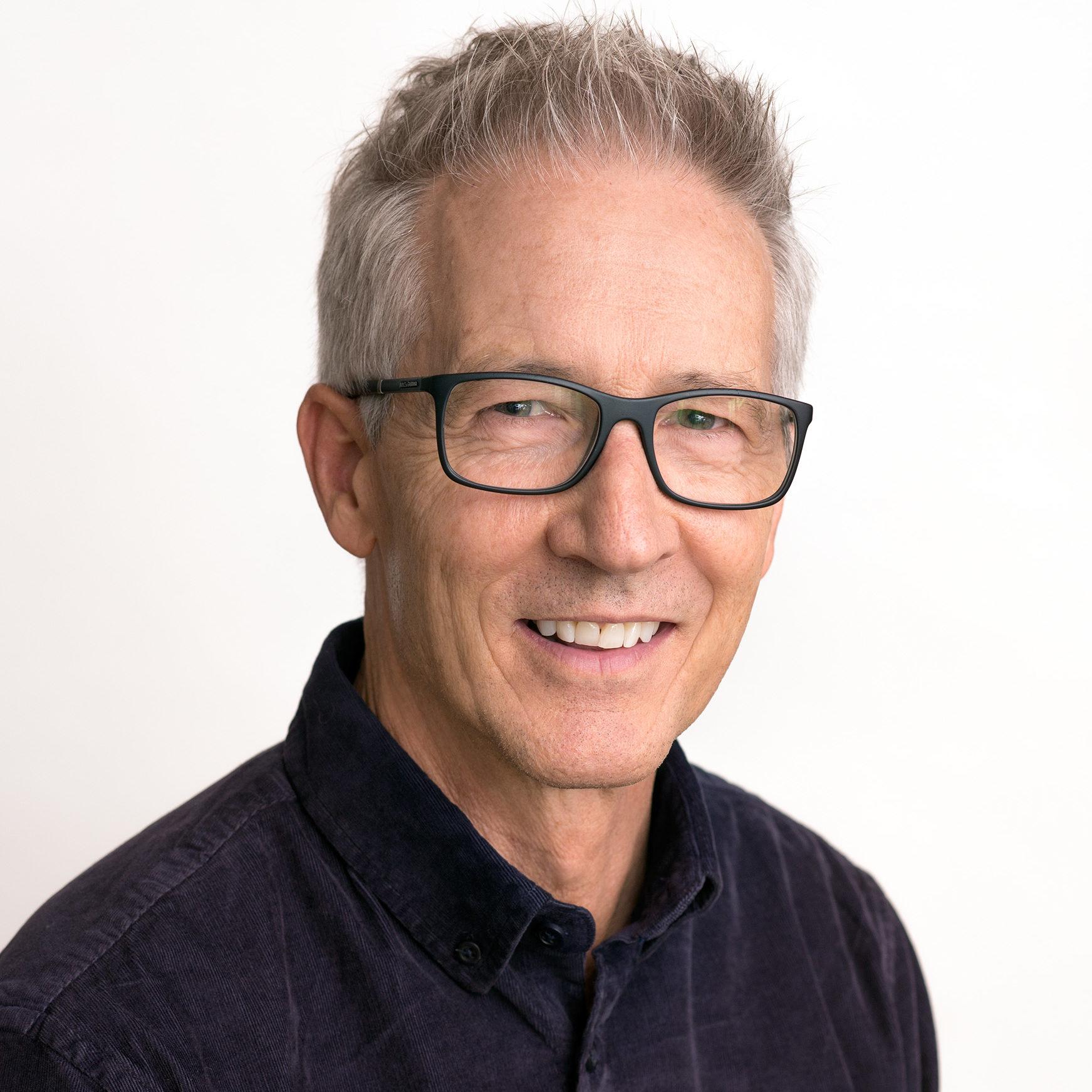 Denny Reinert sixgill Vice President, Enterprise Sales